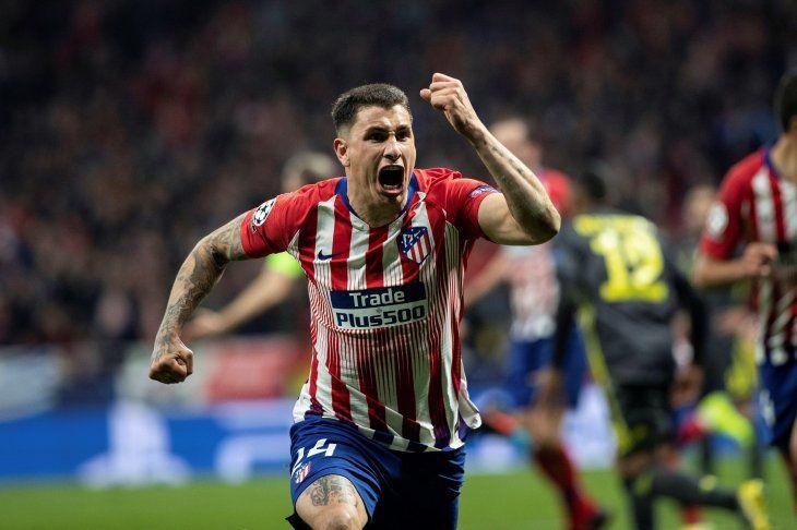 Goles charrúa para el triunfo del Atlético.