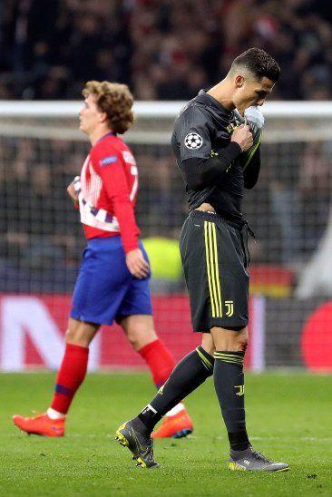 Cristiano Ronaldo tiró pimienta a los periodistas.