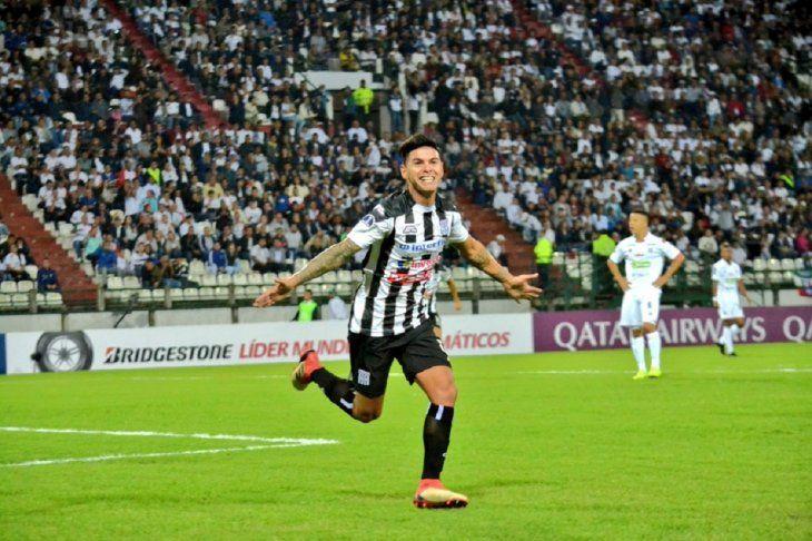 Aguada abrió el camino a la clasificación en la Sudamericana.