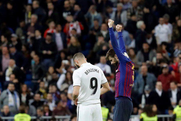 Gerard Piqué celebra una nueva victoria del Barcelona ante el Real Madrid.