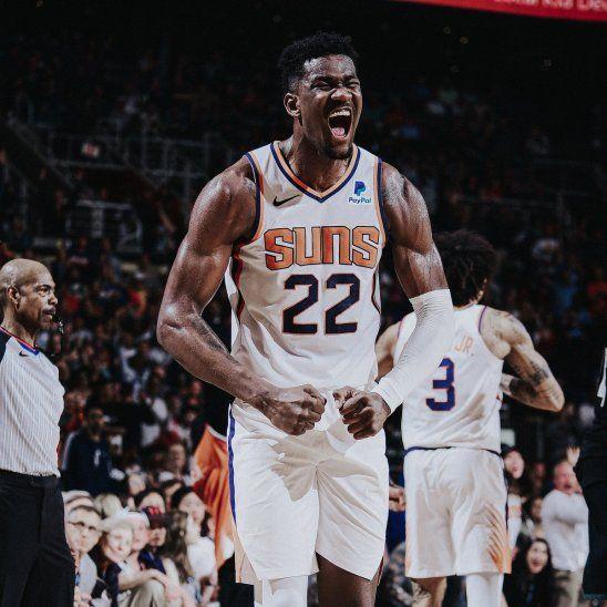Los Suns vencieron a los Bucks.