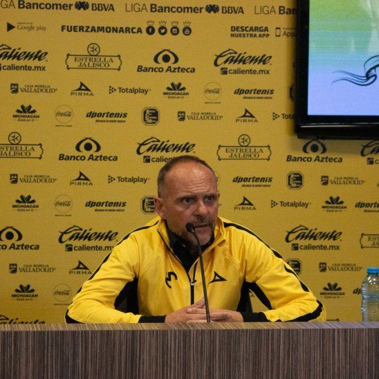 Javier Torrente fue presentado como nuevo entrenador del Morelia de México.