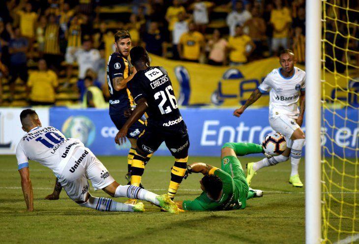 Rosario Central y Gremio igualan en uno en su estreno en la Libertadores