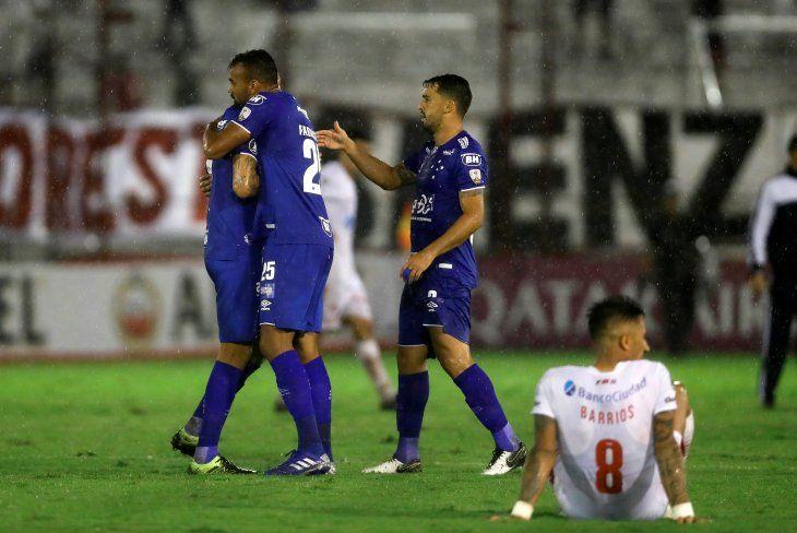 Cruzeiro se estrena en la Copa con un triunfo a domicilio ante Huracán