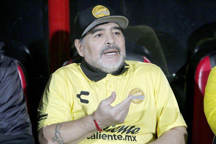 Diego Armando Maradona tiene tres hijos en Cuba, según su abogado