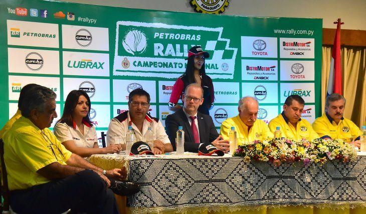 Presentaron el Nacional de Rally 2019.
