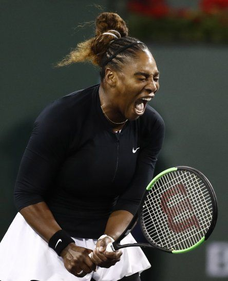 Serena Williams festeja su triunfo.