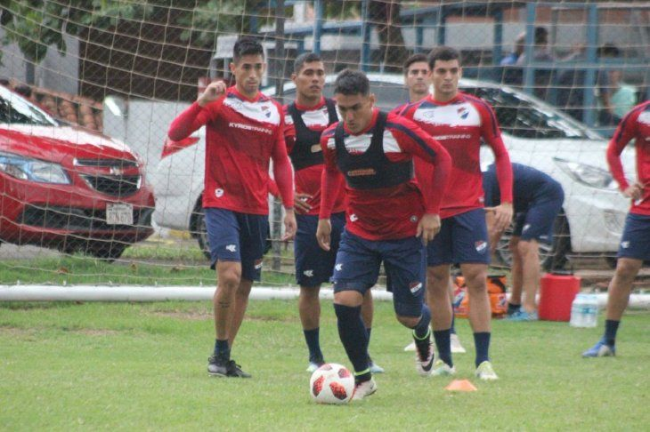 Jugadores de Nacional durante un entrenamiento.