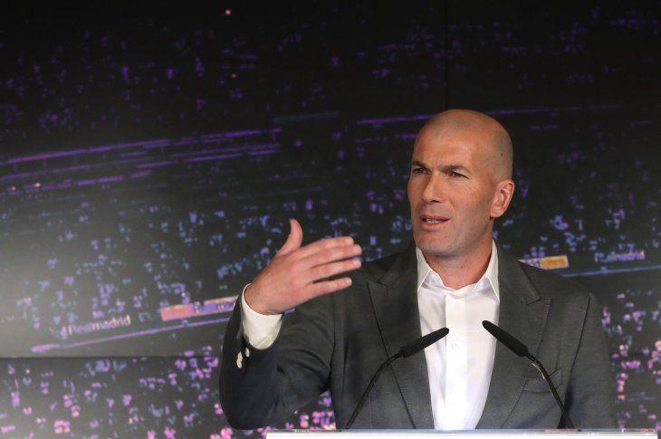 Zidane fue presentado como técnico merengue.