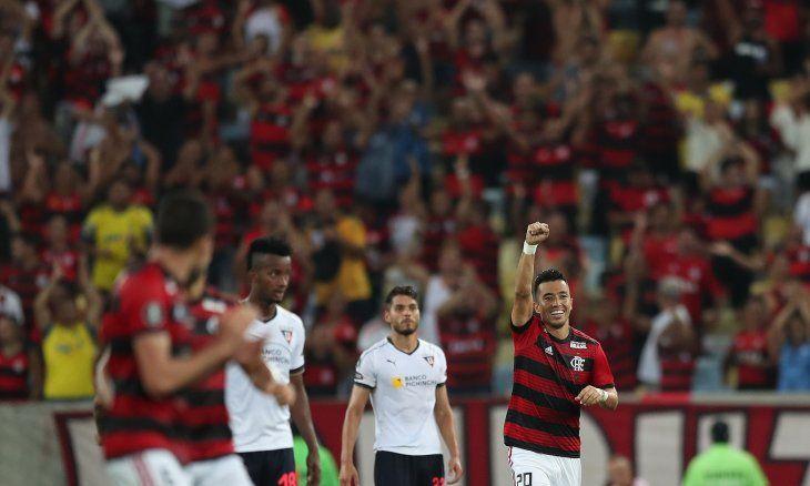Flamengo vence al Liga de Quito y asume el liderato del Grupo D