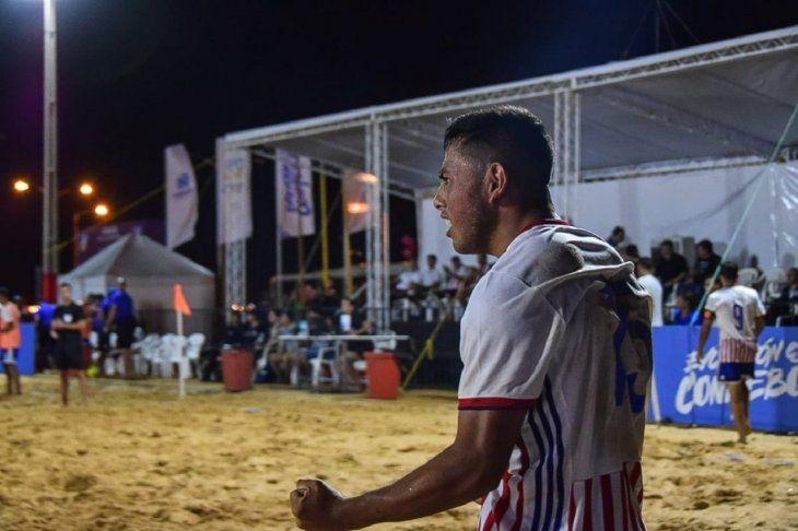 Paraguay gana a Brasil la primera pulseada.