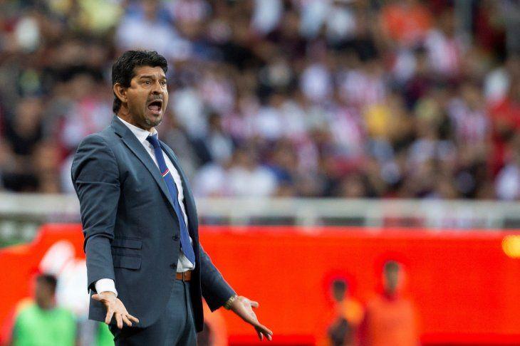 Chivas perdió como un grande, diceJosé Cardozo