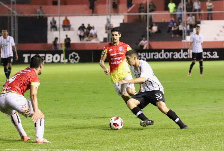 ENCARADOR. Julio Enciso tuvo un gran debut dejando muy buenas sensaciones en sus primeros minutos en Primera.