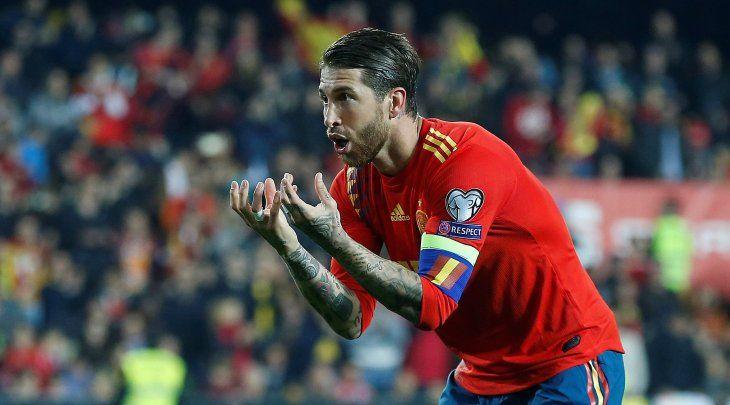 España logró un triunfo con lo justo este sábado.
