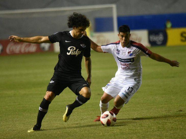 Blas Cáceres intenta superar la marca de Derlis Alegre.