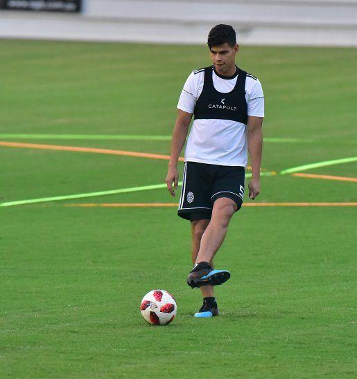 Jorge Arias se apresta para arrancar de titular en Olimpia.