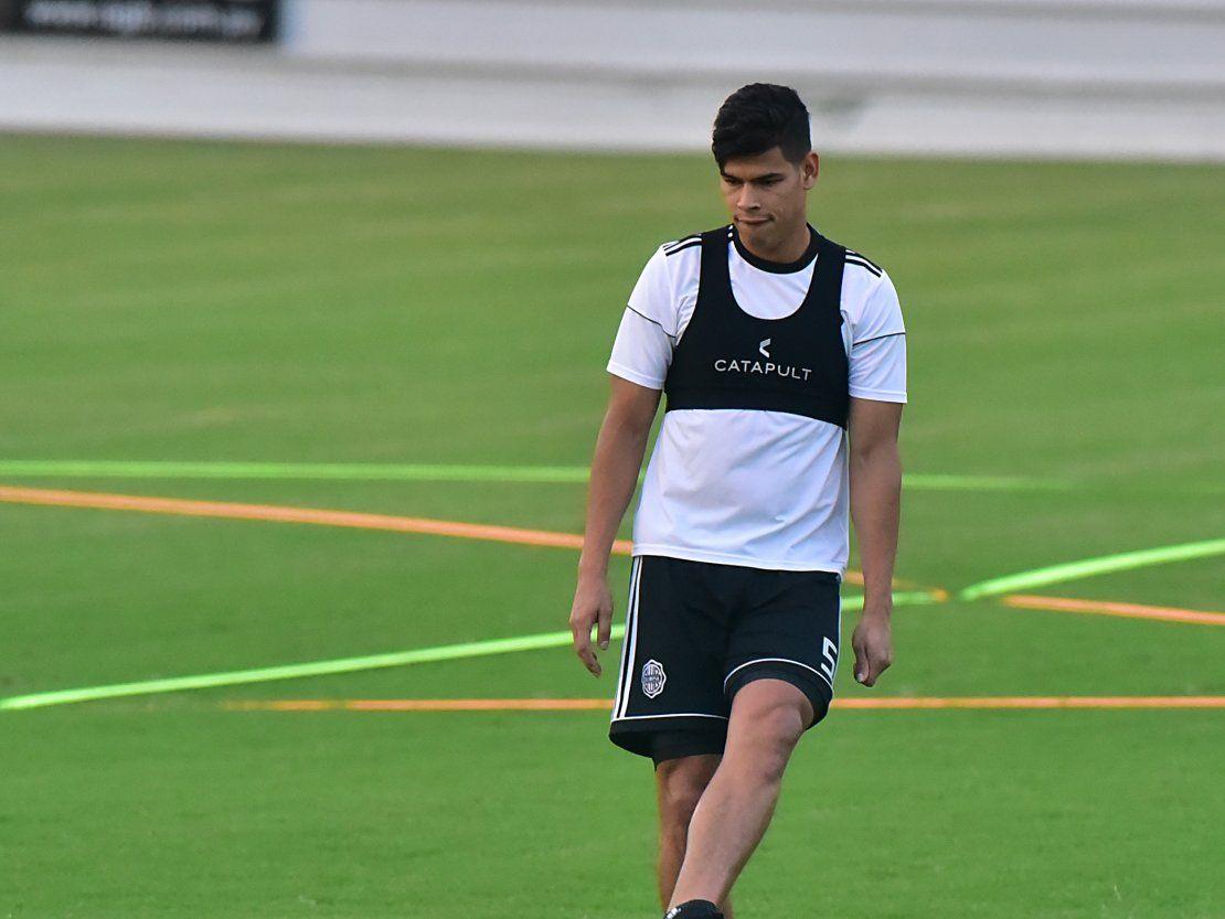 Olimpia prepara dos variantes para medir a San Lorenzo