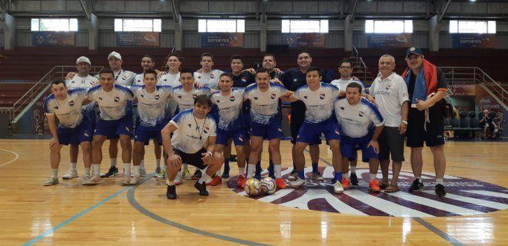 LISTOS. La Selección Paraguaya de fútbol de salón ya está lista para el debut ante Uruguay.