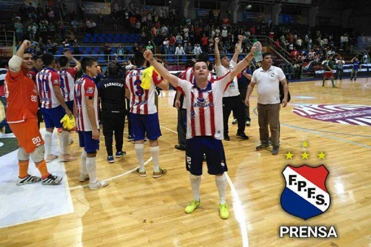 La Albirroja está en semifinales del Mundial de salón.