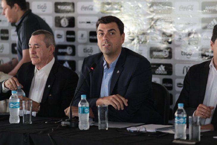 Marco Trovato durante la Asamblea Ordinaria del club.