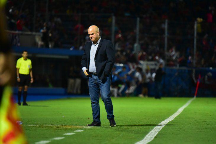 Fernando Jubero durante un partido en la Nueva Olla.