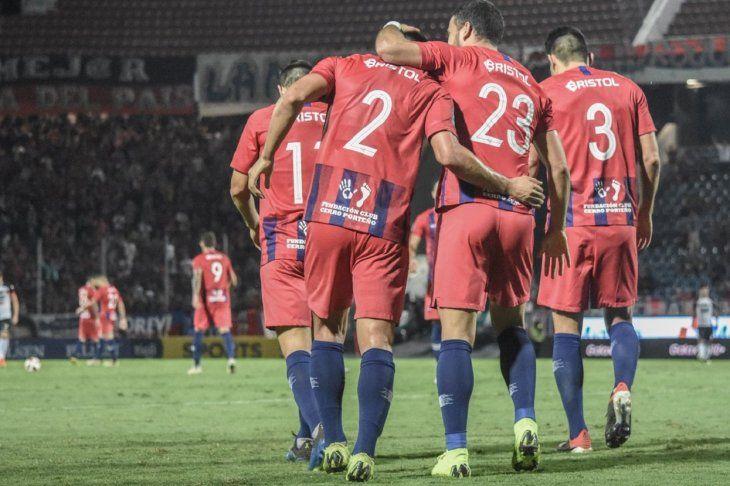 Cerro Porteño buscará su clasificación en casa ante Atlético Mineiro.