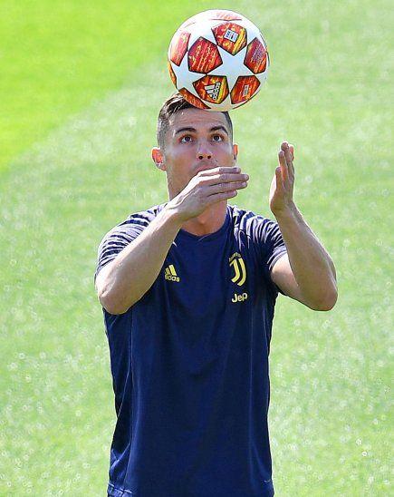MISTER CHAMPIONS. Cristiano Ronaldo regresará a la acción en la UEFA Champions League.