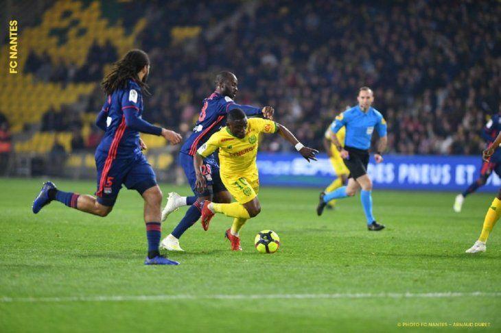 El Nantes superó al Lyon.