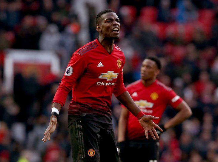 Manchester United gana y sigue en la lucha por Europa