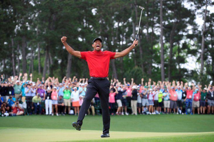 Tiger Woods vuelve a hacer historia en el Masters de Augusta.