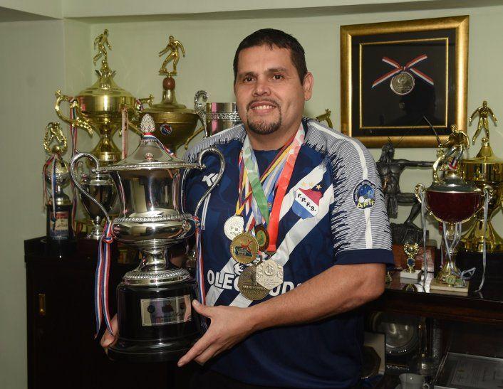 Cristian Garcete consiguió dos mundiales defendiendo a la Albirroja.