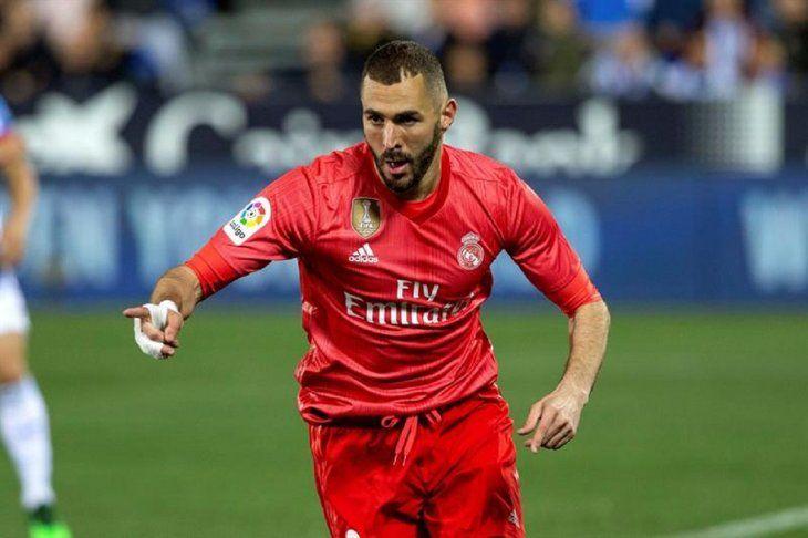 Benzema celebra el gol del Real Madrid.