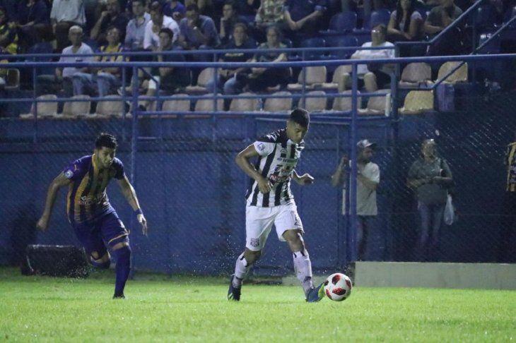 Luqueño y Santaní no se sacaron diferencias.