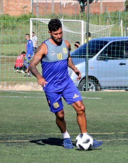 Julio Irrazábal durante un entrenamiento del Escobero.