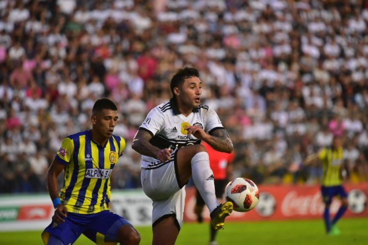 Paraguay Arbitros del gol fantasma en Paraguay: