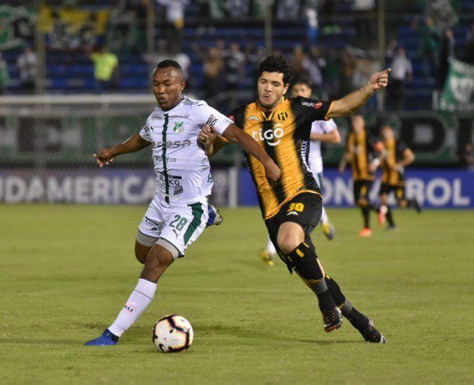 Deportivo Cali dejó en el camino a Guaraní.