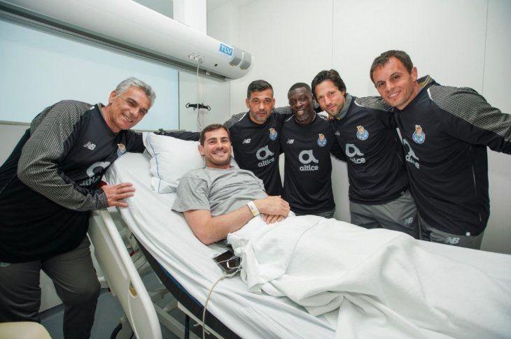Casillas permanece ingresado a la espera de recibir el alta este lunes