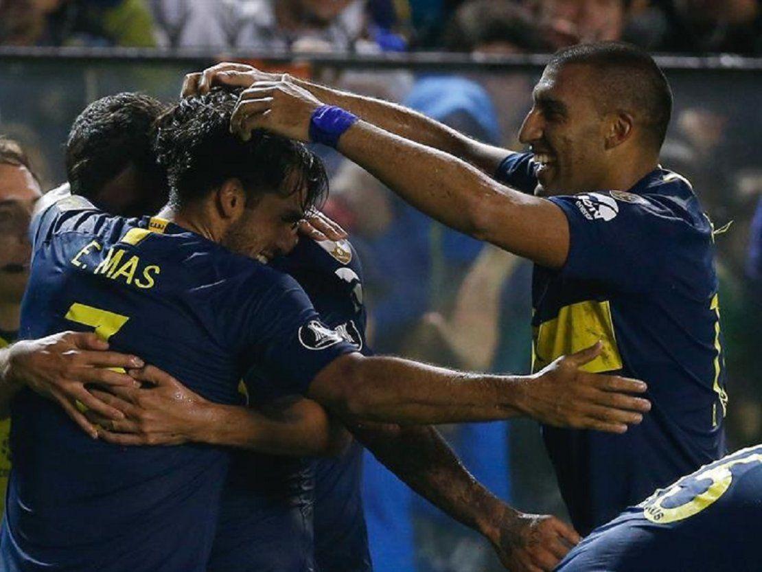 Boca Vence Al Paranaense Y Se Clasifica Primero Gracias A