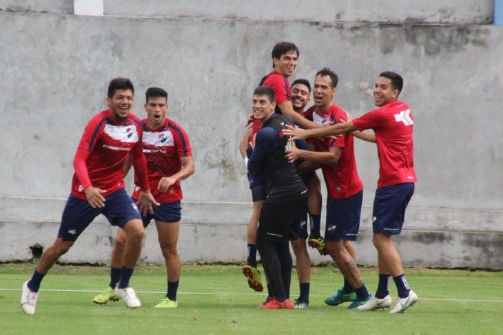 Jugadores de Nacional durante un entrenamiento del equipo.