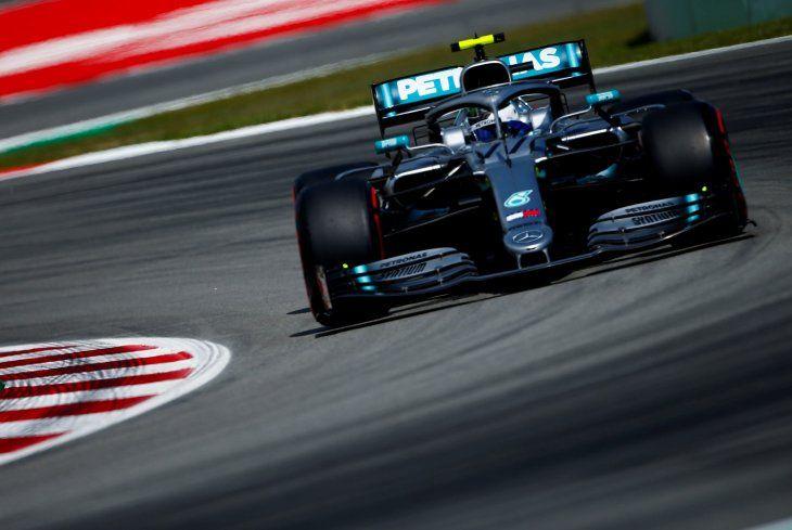 Mercedes se muestra dominante del Barcelona.