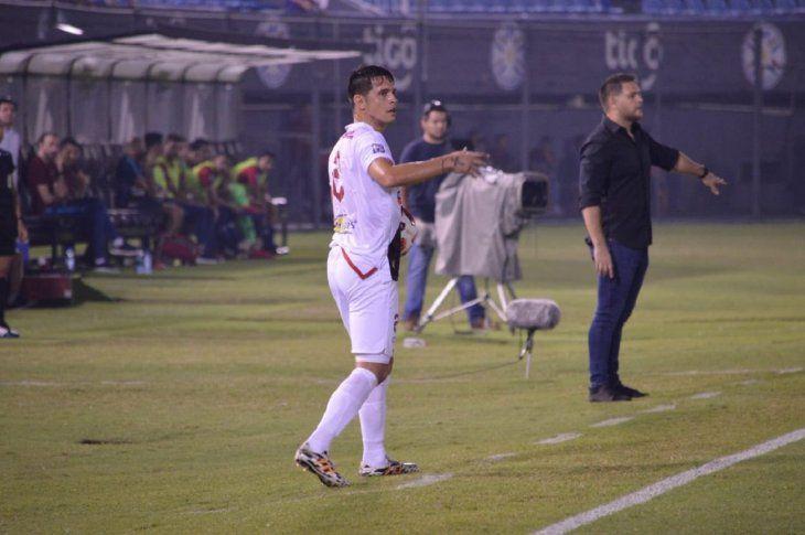 Daniel Farrar durante un partido de River Plate.