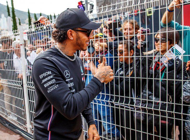 Hamilton y Bottas llevan el dominio de Mercedes a las calles de Mónaco