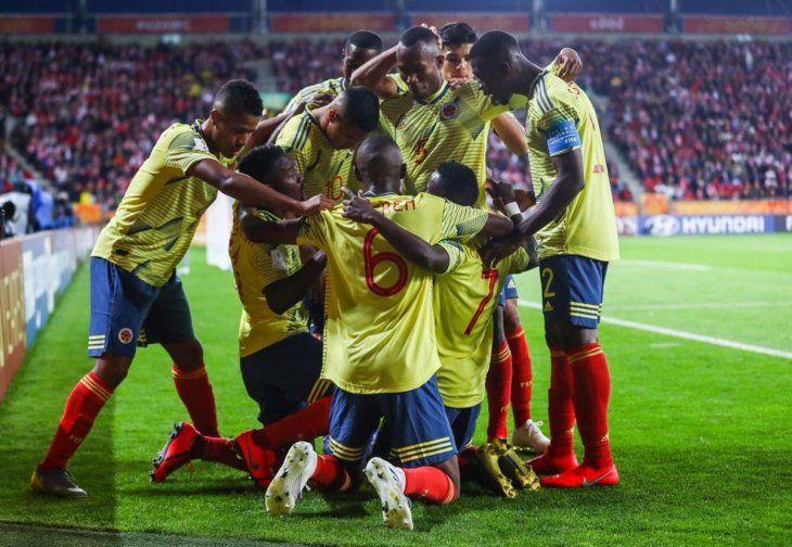 Colombia logró un valioso triunfo en su debut mundialista.
