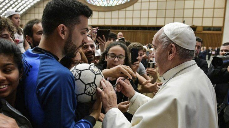 AMOR AL FÚTBOL. El Papa Francisco declaró que el fútbol es el deporte rey.