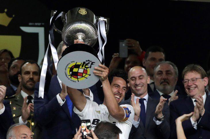 Valencia toca de nuevo la gloria como broche de oro a su centenario