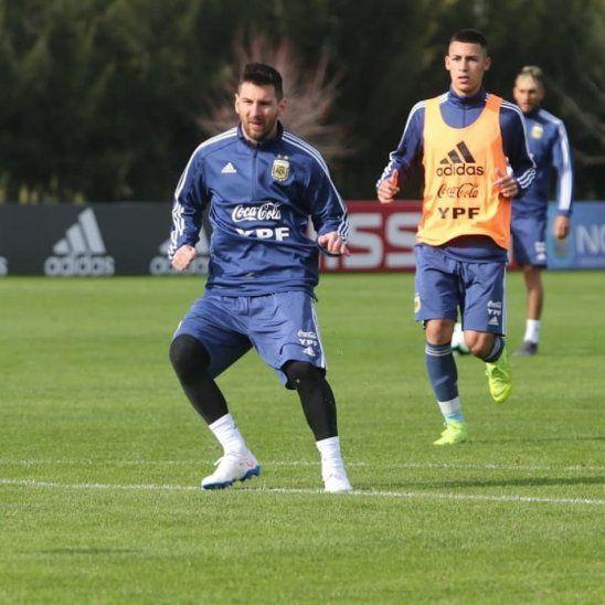 Messi durante el entrenamiento de Argentina.
