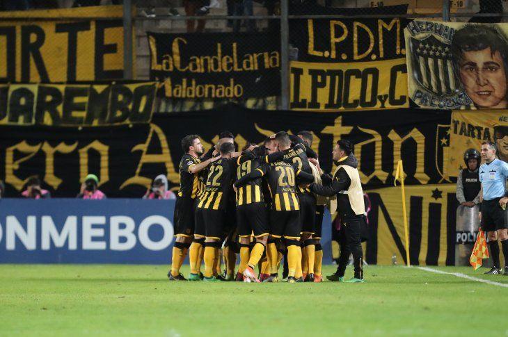 Peñarol avanzó a los octavos de final de la Copa Sudamericana.