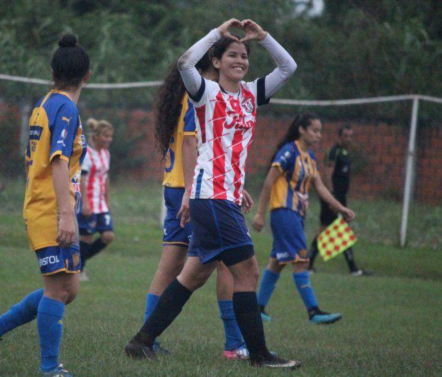 Libertad-Limpeño goleó en una nueva fecha del fútbol femenino.