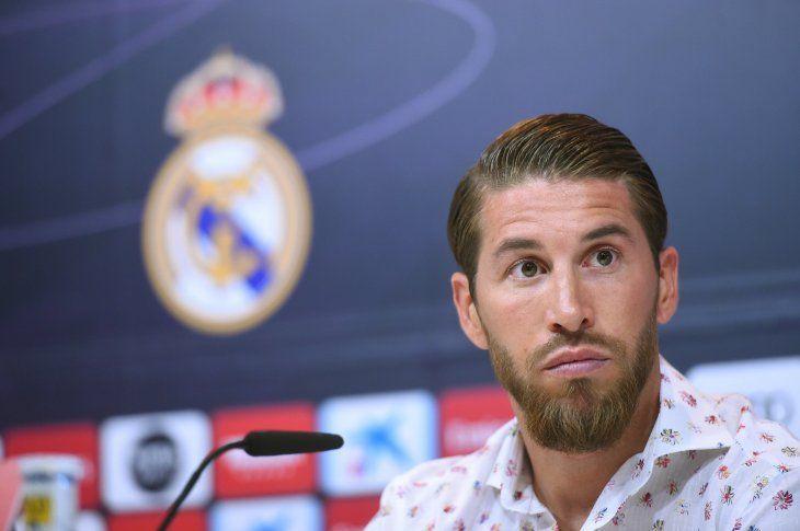 PALABRA AUTORIZADA. Sergio Ramos dio su opinión con respecto a la llegada de Hazard al Madrid.