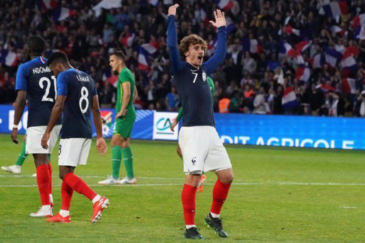 Antoine Griezmann celebra un gol ante Bolivia.